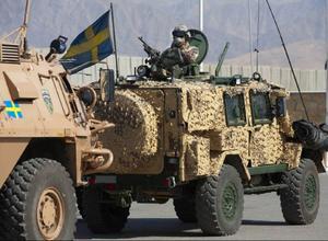 Att den svenska styrkan ska bli kvar i Afghanistan är inte  ett beslut som försvarsmakten har befogenhet att fatta, skriver debattören. Foto: TORBJÖRN F GUSTAFSSON/FÖRSVARSMAKTEN