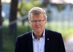 Göran Angegård, som är hälso- och sjukvårdsdirektör i Gävleborg, tillbakavisar kritiken: