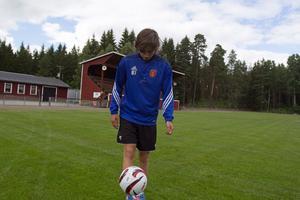 Tim Torstensson är skyttekung i division 4 Uppland.