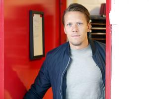 Jonas Liwing har varit i Scaniarinken många gånger – men nu är det hemmalagets omklädningsrum som gäller.