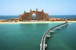 Chartern satsar på Förenade Arabemiraten.
