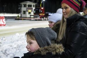 Patrick Rönningen, hans storasyster Madeleine Rönningen och deras mamma Hege Haarberg hade rest till Östersund bland annat för att se rallytävlingen på Travet.