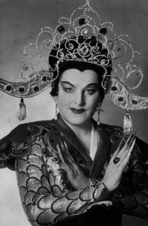 Birgit Nilsson i en av sina paradroller, som Turandot 1958.