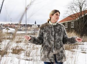 En byggnad som smälter in i området och ger en bra arbetsmiljö är vad Malin Hagberg vid Hudikhus tänker sig att bygga på Varvet.