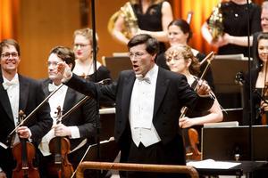Anders Hillborgs Scream Sing Whisper var tillägnat dirigenten Christian Karlsen.
