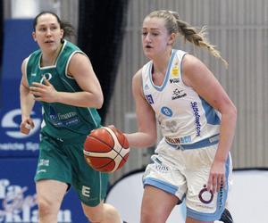 Isabelle Edholm fortsätter att göra mycket nytta i Östersunds skadeskjutna lag. Offensiva returer, trepoängsskott och starka drives mot korgen, bland annat.