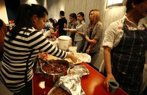 Maten är givetvis en viktig del av del av den thailändska kulturen som visades upp när Thailands barnens dag firades på lördagen.
