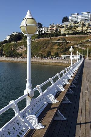Som ung åkte Agatha Christie rullskridskor på piren i hemstaden Torquay.    Foto: Philip Bird/Shutterstock.com