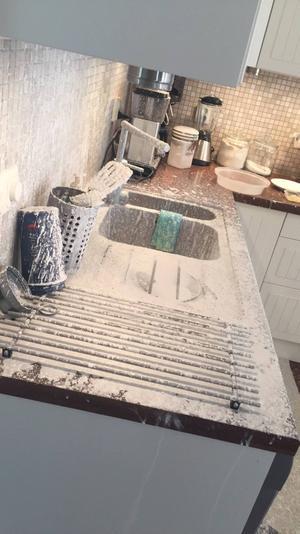 Kloret var överallt i köket efter explosionerna.