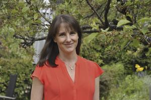 Charlotte Ekbom vill skapa förståelse för andra människor genom sina romaner.