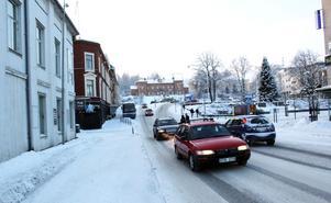Här i korsningen Kungsgatan - Storgatan i Sollefteå har luftkvaliteten uppmätts.