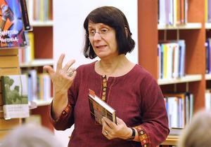 Författaren Azar Mahloujian.