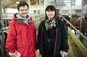 Marie Semb och Lena Olsson besökte Nils Björids gård i Slandrom på söndagen i samband med
