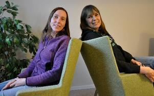 Sofia Fahgén och Karin Ericsson är kommunens nya familjestödjare. Inte att förväxla med familjerådgivning. Stöttaren arbetar med barnen som utgångspunkt. FOTO: CHRISTER NYMAN