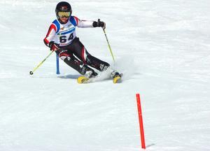 Sveriges största alpina ungdomstävling avgörs i Trettondagshelgen i Vemdalen/Klövsjö. Åldersklasserna är 16, 14 respektive 12 år. Bilden är från en annan ungdomstävling, på Frösön.