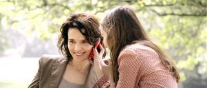 """Juliette Binoche och Anaïs Demoustier i """"Elle""""."""