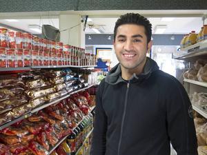 Ranja Ahmed på Gävle Gross berättar att ramadan märks tydligt på försäljningen.