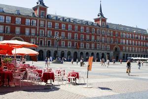 Turisterna sviker Madrid.