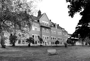 På 1940-talet spreds lungsoten i Sverige och många patienter vårdades på landets sanatorier. Frisk luft förordades och mycket tid tillbringades i ligghallar utomhus.