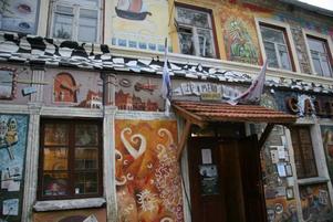 Stadsdelen Uzupis är Vilnius svar på Montmartre. Foto: Mikael Persson