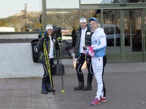 Charlotta Kalla och Emil Jönsson på plats i Idre, här tillsammans med Robin Bryntesson.