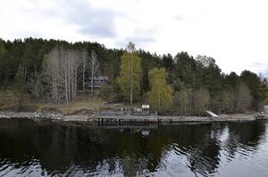 På Tjuvholmen byggs en ny brygga för att kunna ta emot fler båtar.