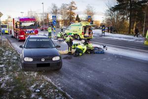 På måndagen inträffade en allvarlig olycka där två unga kvinnor blev påkörda
