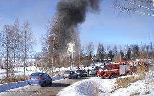 Brandövningen i Persborg lockade många nyfikna på lördagsmorgonen.