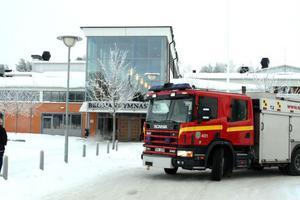 Räddningstjänsten ryckte ut till Bromangymnasiet efter ett brandlarm under fredagen.