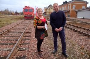 Gun-Marie Töyrä, försäljnings- och marknadschef och vd Otto Nilsson, Inlandsbanan AB tror på tågets framtid.