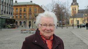 Maggie Narkun, 90, pensionär, centrum:–Jag firar med glädje och jag hoppas att det förblir så. Jag brukar vara hos mina barn på nationaldagen.
