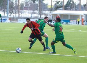 Alexis Mendiola var matchens lirare. Hans styrde spelet från mittplanen och gjorde dessutom 2–0 på ett grant långskott i bortre krysset.
