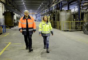 Lokal kraft. Fackordföranden Peter Ström och Ovakos personalchef Phetra Ericsson vill visa de lokala möjligheterna.