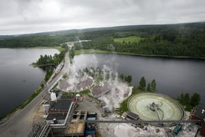 Ljudet när sodapannan blåser ut ånga hörs vida omkring i Iggesund.