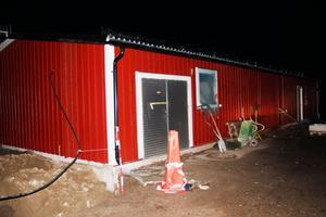 Avloppsreningsverket på fastigheten Östanå 1:16 ligger cirka 200 m från närmaste bostadshus.