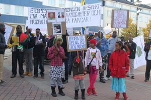 Också många unga deltog i demonstrationen.