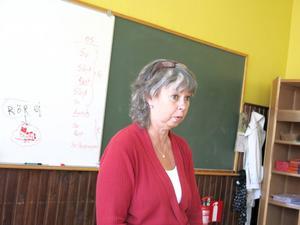 Läraren Birgitta Hagström fick hosta och utslag av att vara på Gullhedskolan. Så fort hon kom därifrån försvann besvären.