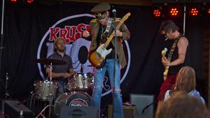 2013 bjöd Krusbärs Bloos Band bjöd på en blandning av blues och rock´n roll.