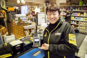 Margareta Andersson på Valsjöbua använder kontantsystemet cash2go, och hittils är hon väldigt nöjd.