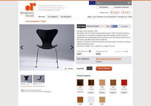 Bilden är en skärmdump från Designers revolts hemsida. Här syns en kopia av en stol som designats av Arne Jacobsen.