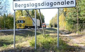 Bergslagsdiagonalen. Många godstransporter sker på riksväg 50 mellan Örebro län och Dalarnas län.
