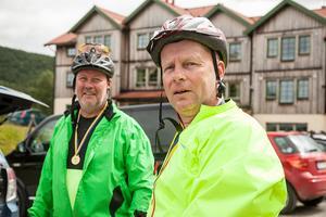 Dan Majlöv från Sundsvall till vänster, och Christer Dahlberg från Ljusdal cyklade 30 kilometer och tyckte att det gick bra, men det var stumt att cykla uppför.