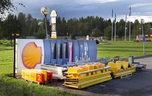 Shellstationen vid östra avfarten har blivit Statoil.