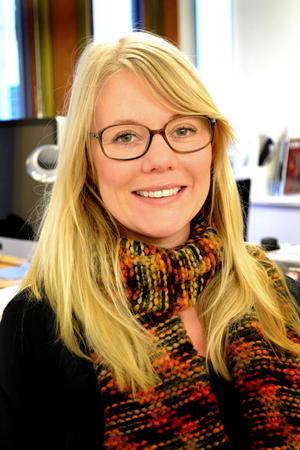 Jennie Bergström studerade marknadsföring och ekonomi men 2007 tog hon steget över till reklambyråvärlden. Nu sköter hon bland annat planering och delegerar jobb i sin roll som produktionsledare på byrån Gadd.