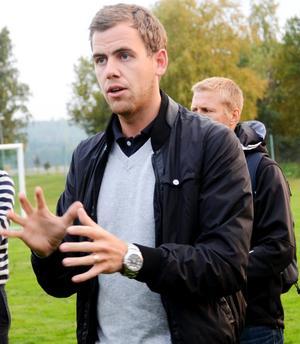 Herman Oskarsson från Sisu idrottsutbildarna försöker stötta IFK att ta sig igenom krisen.BILD: BARBRO ISAKSSON