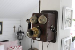 Den antika telefonen fick Eva efter en släkting.