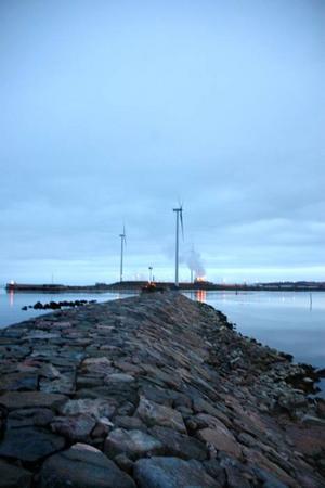 VINDKRAFT. Sedan 8 oktober snurrar de fem vindkraftverken i Skutskär.