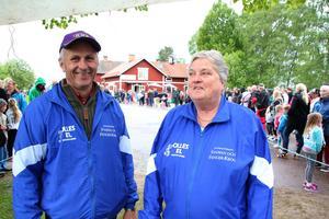 I trettio år har IFK Mockfjärd ordnat Mockfjärdslöpet. Bengt Danielsson och Kerstin Silfverplatz är eldsjälar.