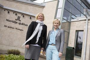 Ulrika Falk och Helene Hellmark Knutsson besökte i går sjukhuset och presenterade S vårdplan för Norrtälje.