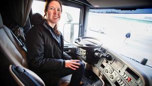 Styr företaget framåt. Det är Anna Kjernsvik som drar i spakarna. Hon titulerar sig som Senior Engineer, men kan också räkna sig som uppfinnare efter alla de patent som hon har fått igenom på Scania.